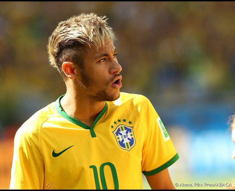 Coifur neymar 2015 coifur neymar 2015 comment se coiffer for Coupe de cheveux de neymar 2014