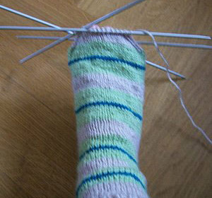 comment tricoter à 4 aiguilles