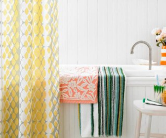 comment laver rideau de douche. Black Bedroom Furniture Sets. Home Design Ideas