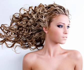comment coiffer mes cheveux ondulés