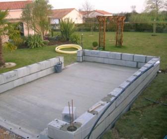 comment construire garage parpaing