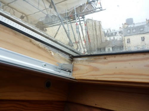 Comment r parer velux qui fuit for Changer un carreau de fenetre