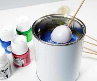 comment décorer oeuf plastique