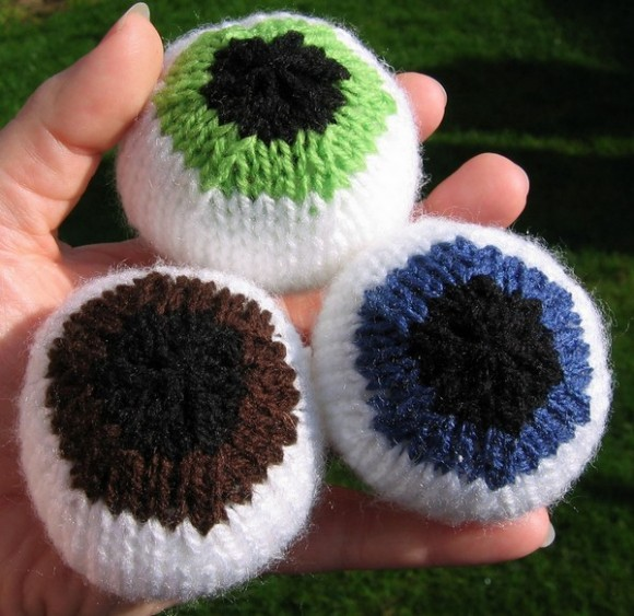 comment tricoter des yeux