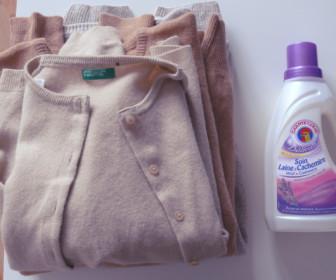 comment laver à la main un pull en laine