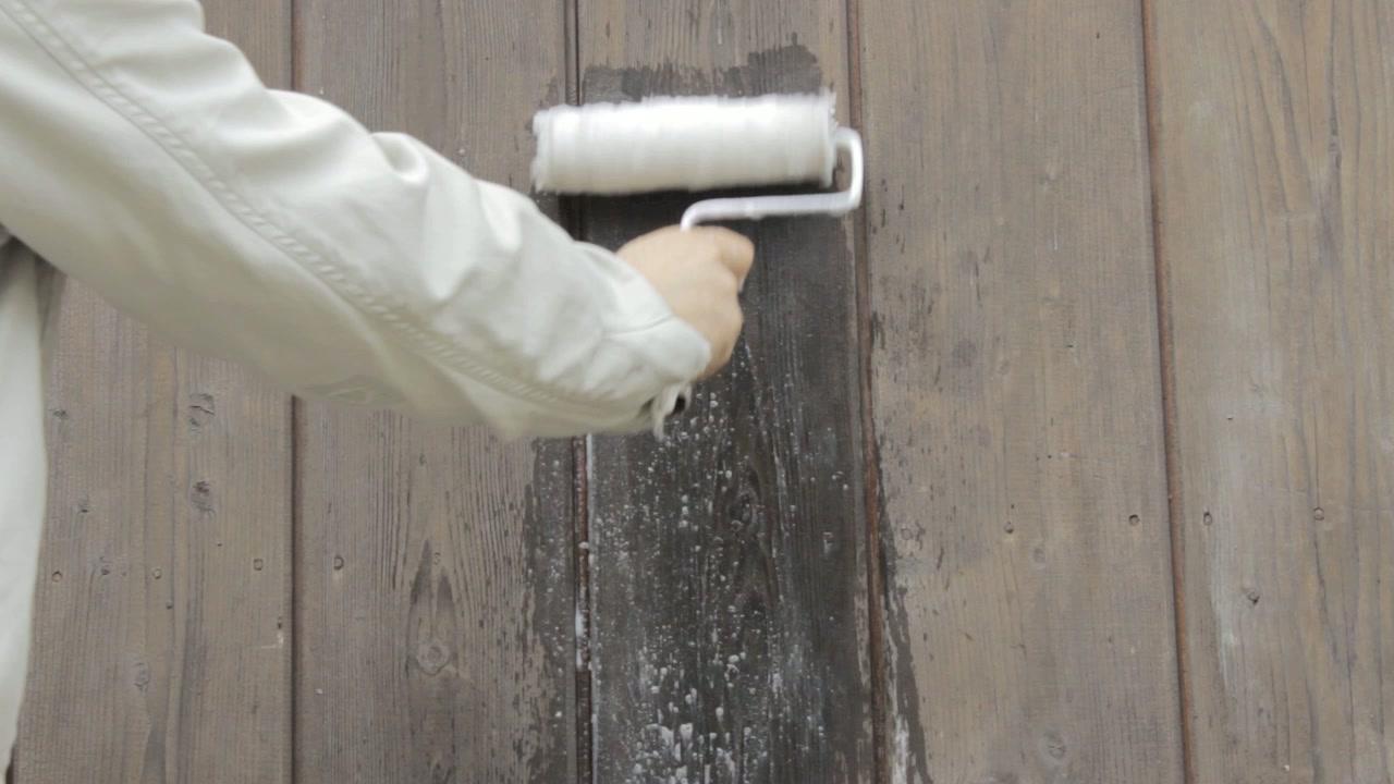 Comment nettoyer rouleau peinture for Nettoyer des pinceaux de peinture