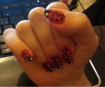 comment décorer nos ongles